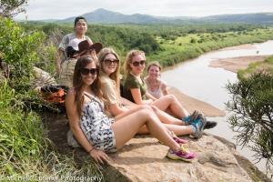 Lexie, Caitlin, Grace, Jessa, Peixe, Danni and Mark.